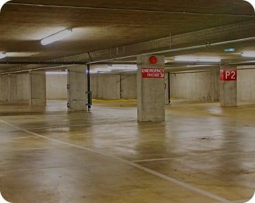 parking lot maintenance services
