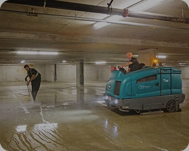 parkade cleaning and power scrubbing